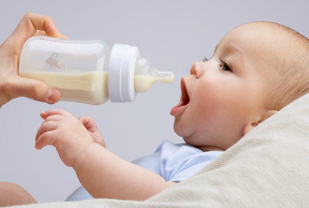 Ранний кариес еще называют бутылочным
