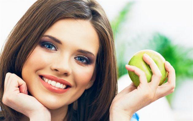 Подобрать подходящую отбеливающую забную пасту поможет стоматолог