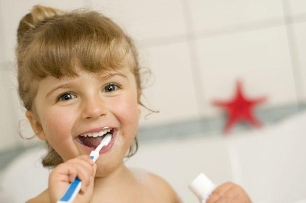Зубная паста ROCS для детей безопасна при поглатывании