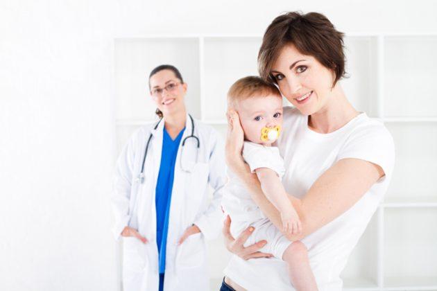 Лечением стоматита у грудничков должен заниматься специалист