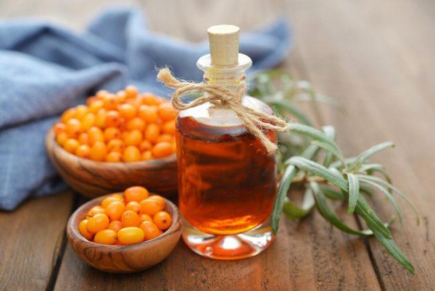 Облепиховое масло применяется в качестве заживляющего средства при стоматите у грудничков