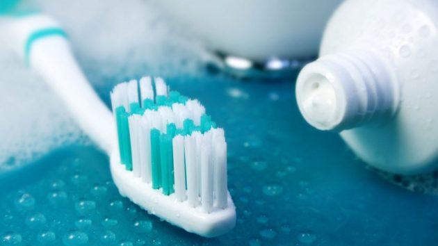 Выделить лучшую отбеливающую зубную пасту сложно