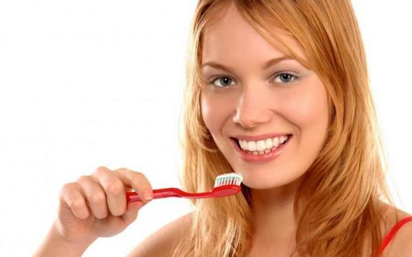 для профилактики пародонтита нужно регулярно чистить зубы